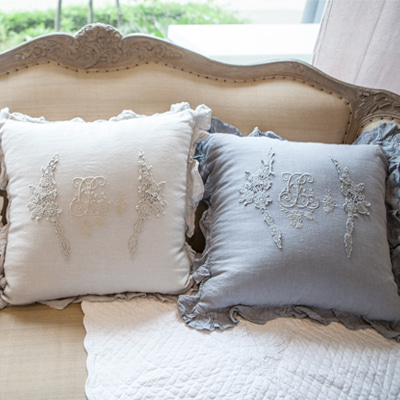 Capri Cushion (4 colors)
